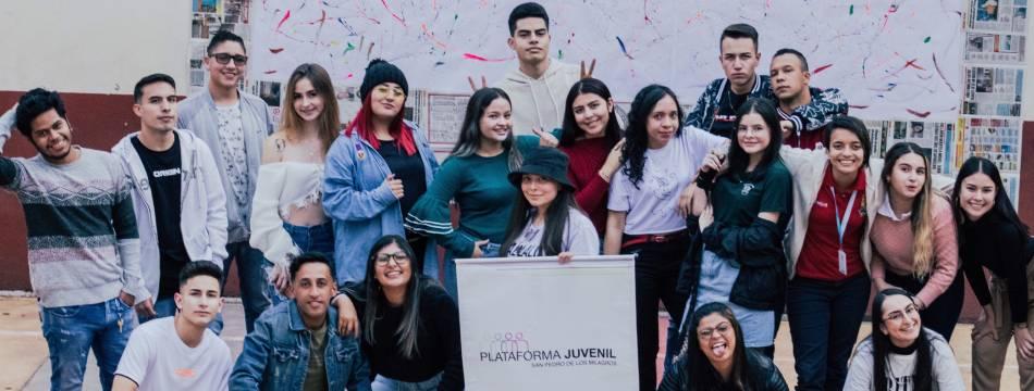 """""""Zona Joven"""" el programa radial de la Plataforma Juvenil en los 88.4 FM"""